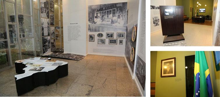 Imagens exposição Trabalho e Cidadania, 1 Salão com mapa do Brasil, 2 tótem, 3 bandeira com foto ao fundo.