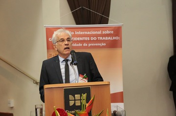 800_2019_0426_SeminarioInternacionalGrandeAcidentesdoTrabalho_2dia_manhã(8).jpg