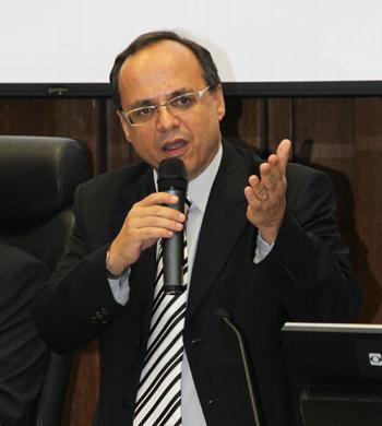 Desembargador Sebastião Geraldo de Oliveira lança livro sobre proteção à saúde do trabalhador (imagem 2)
