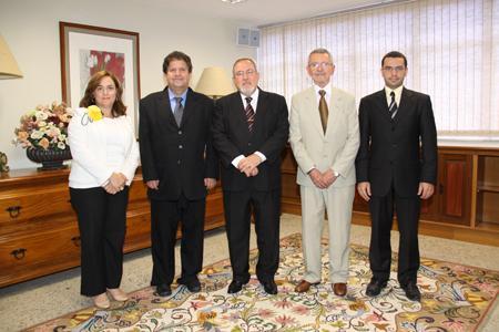 Representantes do IEPTB visitam TRT-MG (imagem 1)