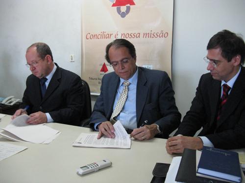 Acordo beneficia mais de mil trabalhadores no Vale do Rio Doce (imagem 3)