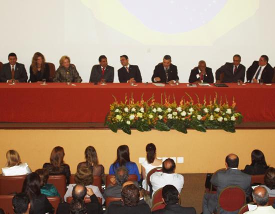 I Seminário de Direito Sindical com apoio do TRT lota auditório da OABMG (imagem 1)
