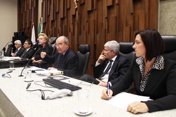 Conferência aborda os novos dilemas da OIT (imagem 1)
