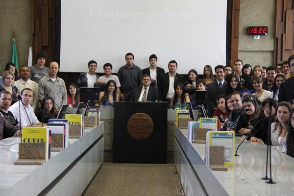 Estudantes de Direito de Pouso Alegre visitam a Justiça do Trabalho (imagem 1)