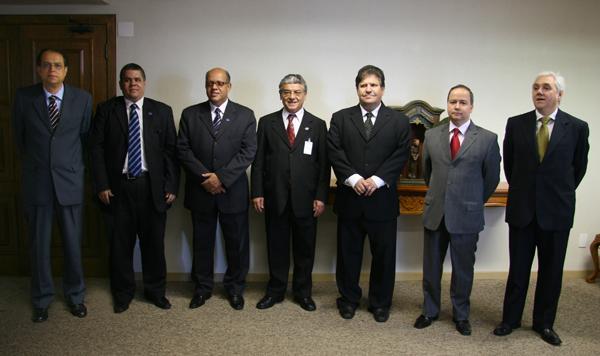 Presidente da Associação Brasileira de Advogados Trabalhistas (Abrat) faz visita de cortesia ao TRT (imagem 1)