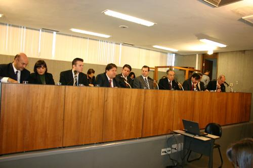 Sifuentes participa de conferência sobre a crise econômico-financeira (imagem 1)