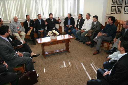 Representantes da OAB e lideranças sindicais se reúnem com presidente do TRT (imagem 1)