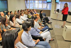 Servidores da Assessoria Jurídica participam de reunião sobre narrativa do processo de fazer justiça (imagem 1)