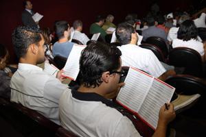 Leilão do TRT-MG lota teatro do Minascentro (imagem 1)