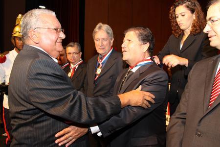 Desembargadores recebem comenda da OAB no Palácio das Artes (imagem 2)