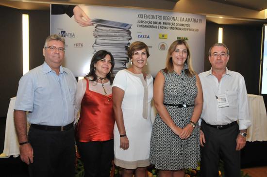 Desembargador Sebastião Oliveira concede entrevista ao Informativo TRT6 sobre prevenção de acidente de trabalho (imagem 1)