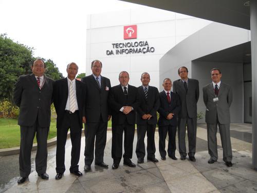 TRT de Minas visita Centro de Processamento de Dados mais avançado do Brasil (imagem 1)