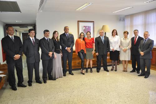Juízes removidos tomam posse no TRT (imagem 1)