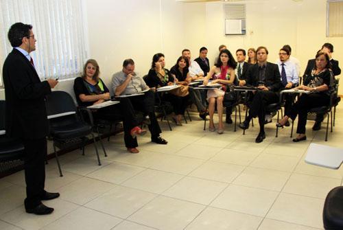 Servidores debatem Gestão Orçamentária do TRT para 2012 (imagem 1)