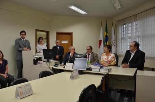 Presidente Deoclecia Amorelli Dias visita VT de Itaúna, que receberá o PJe em novembro (imagem 1)