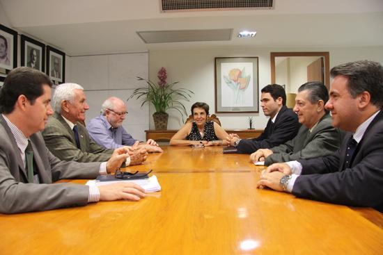 Presidente recebe visita de comitiva de Ituiutaba (imagem 1)