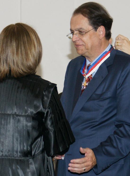 Desembargador é agraciado com medalha do TRT da Bahia (imagem 1)