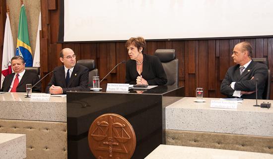 CNJ quer valorizar os juízes brasileiros, que julgam 25 milhões de processos por ano (imagem 1)