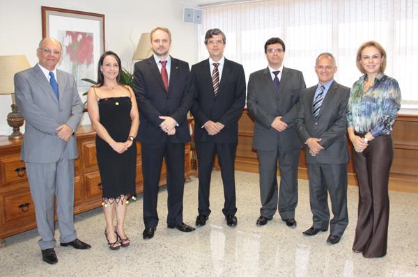 Vice-presidente empossa juízes promovidos e removidos (imagem 1)