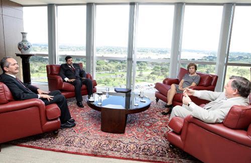 Presidente do TST recebe visita do ministro do Esporte (imagem 1)