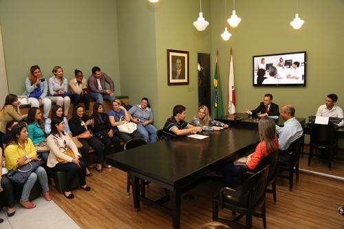 Alunos de Curso de Direito de Oliveira participam de atividades no TRT (imagem 2)