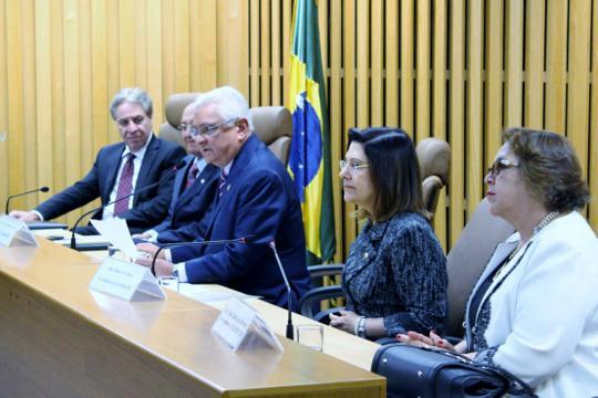 Corregedora do TRT-MG é empossada na vice-presidência do Coleprecor (imagem 1)