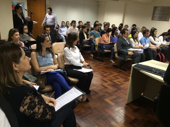 Alunos de curso de Direito de Juiz de Fora assistem sessão ordinária na Turma Recursal (imagem 1)