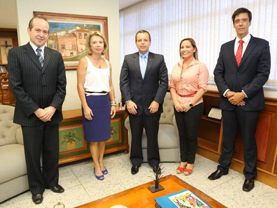Presidente do TRT recebe visita de cortesia de representantes do Banco do Brasil (imagem 1)