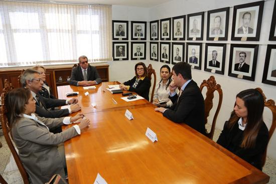 Grupo Itaú Unibanco anuncia no TRT-MG adoção de política voltada para a conciliação (imagem 1)