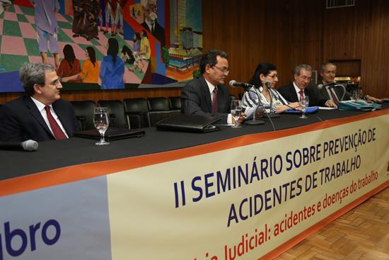 Debate de propostas integra juízes e peritos no Seminário do Trabalho Seguro (imagem 2)