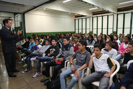 Gestor regional do Trabalho Seguro leva programa às escolas (imagem 1)