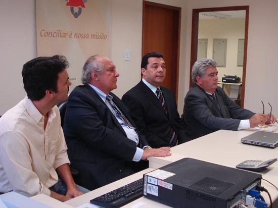 Câmara de Vereadores de Caratinga homenageia Justiça do Trabalho / MG (imagem 1)