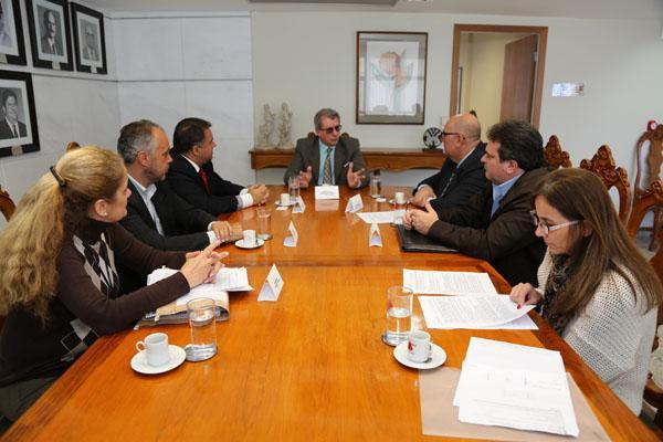 Secretário visita TRT para tratar do novo Fórum Trabalhista de BH (imagem 1)