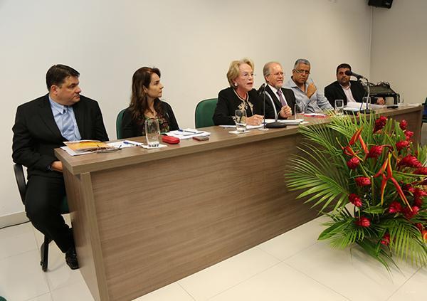 Saúde e Segurança do Trabalhador são debatidos em seminário na cidade de Cataguases (imagem 1)