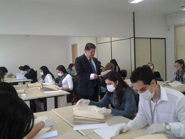 Laboratório de Atividades Judiciais do TRT recebe estudantes de Direito da PUC Minas (imagem 1)