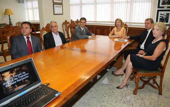Diretoria do TRT recebe visita de vereador para apresentar projeto do novo Foro Trabalhista da Capital (imagem 1)