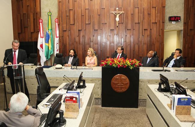 Desembargador Sebastião Oliveira toma posse como membro da ABDT (imagem 1)