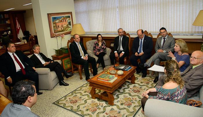 Comissão da OAB visita TRT (imagem 1)