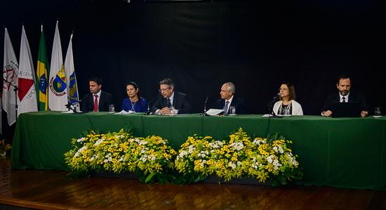 Último dia do Singespa debate relações institucionais,saúde e aplicação do NCPC (imagem 1)