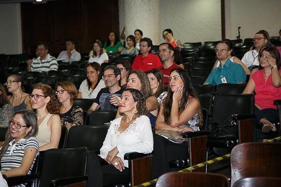 Simpósio iniciado nesta quinta-feira promove debate entre servidores e administração (imagem 2)