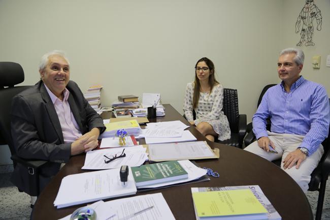 Advogado uruguaio conhece TRT mineiro (imagem 1)