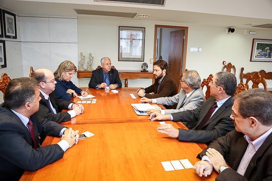 TRT-MG recebe visita do Sinduscon-MG para abordar a segurança no trabalho (imagem 1)