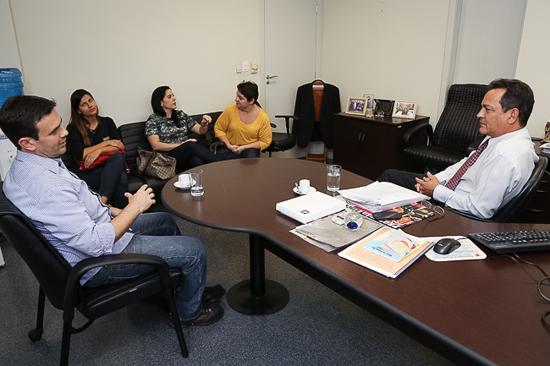 Reunião define detalhes da organização do 2º Seminário sobre Saúde e Segurança do Trabalho Rural (imagem 1)
