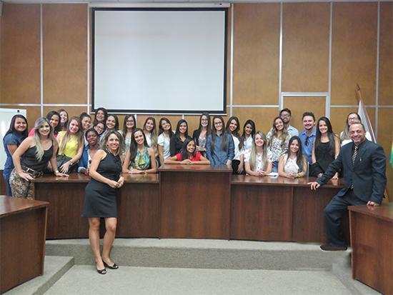 Universitários de Formiga têm contato com a prática processual e a história do trabalho (imagem 2)