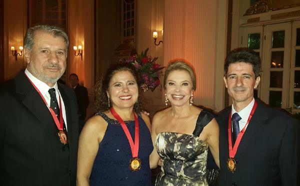 Desembargador, juiz e servidora recebem medalha da Amat (imagem 1)