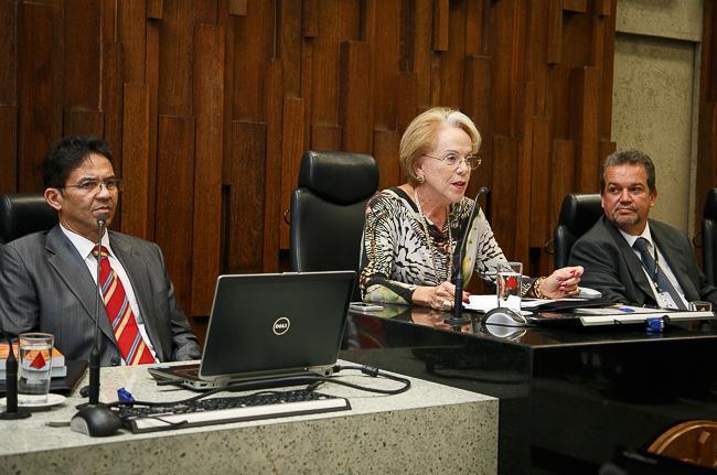 Juiz lança dois livros sobre Sistema Núcleo Intersindical de Conciliação Trabalhista (imagem 1)