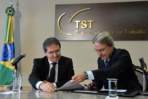 Presidente do CSJT e do TST assina Acordo de Cooperação Técnica com a Caixa (imagem 1)