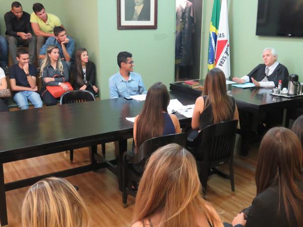 Justiça e Cidadania recebe estudantes da UNIFOR/MG (imagem 3)