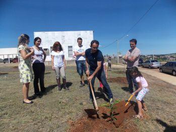 VT de São Sebastião do Paraíso promove plantio de árvores na cidade (imagem 1)