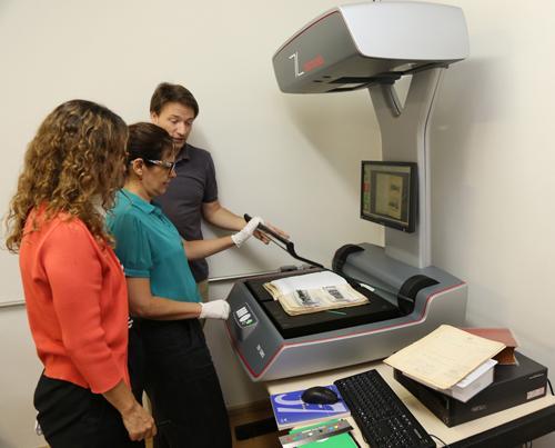 Novo equipamento contribui para a preservação de documentos históricos (imagem 1)